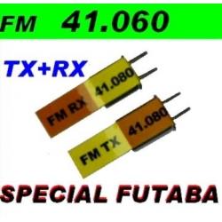 PAIRE DE QUARTZ FM DYNAM TX+RX  41.060 MHz  SPECIAL FUTABA ET COMPATIBLES